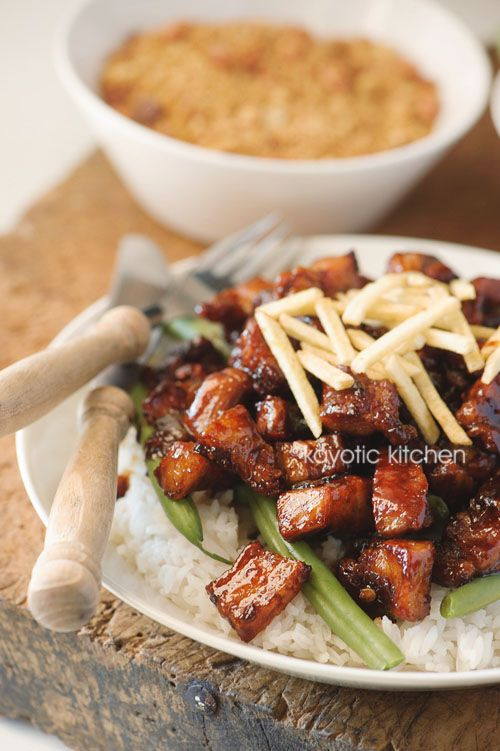 Babi Tjin (Indonesian recipe - pork in dark soy sauce)