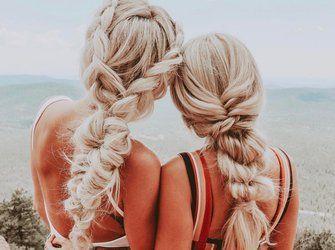 Die Mädchen mit den langen Haaren verraten, wie das perfekte Flechten funktioniert –