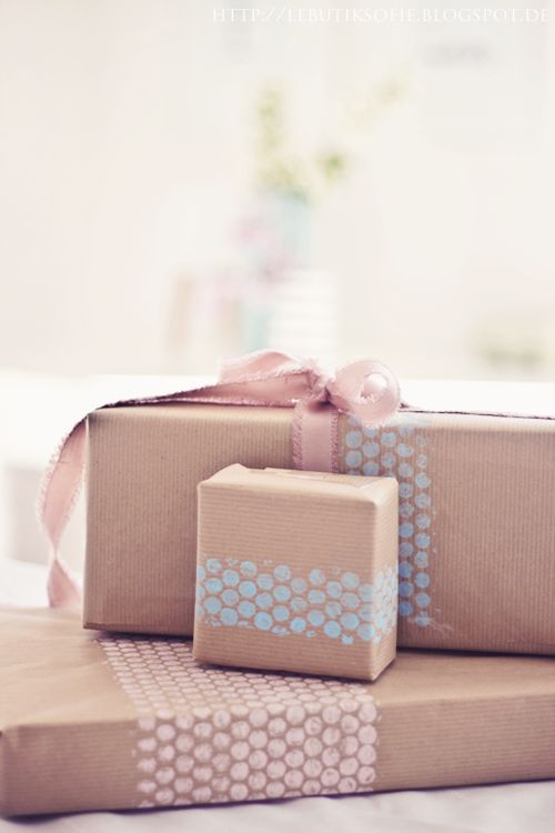 Stamped with bubble wrap :: gift wrap inspiration - Oh My Goodness -- We Love It!