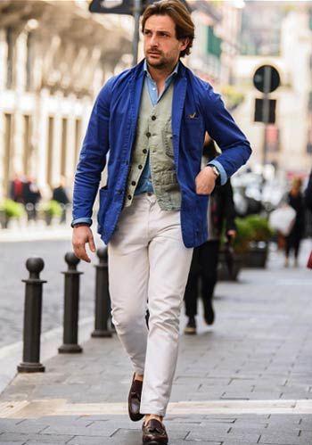 【春】青ジャケット×白パンツはカーキベストで男らしく着こなす(メンズ) | Italy Web