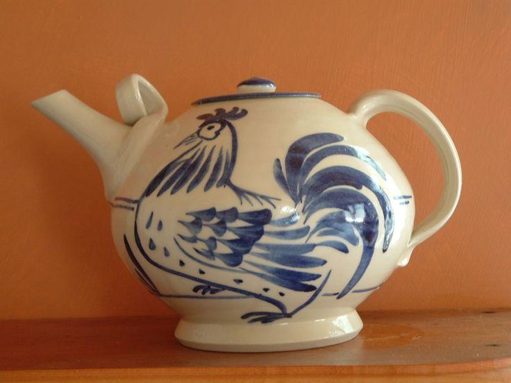 Emily Laszuk ceramic art https://thebigart.directory/Australia/Artists/Emily-Laszuk-ceramic-art/216