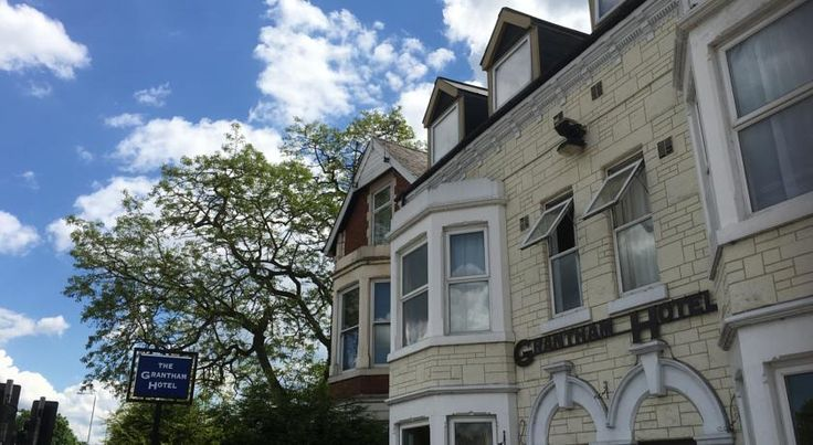 Grantham Hotel Nottingham Less than 1.5 miles from Nottingham city centre and Nottingham Arena, this friendly hotel is very close to Trent Bridge cricket ground and Nottingham Forest FC.  Grantham Hotel has rooms with free Wi-Fi, a TV and tea/coffee.