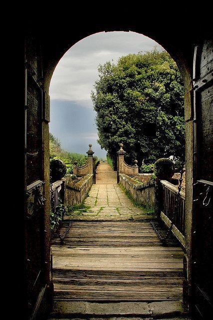 Open the front door in beautiful Lazio, Italy!