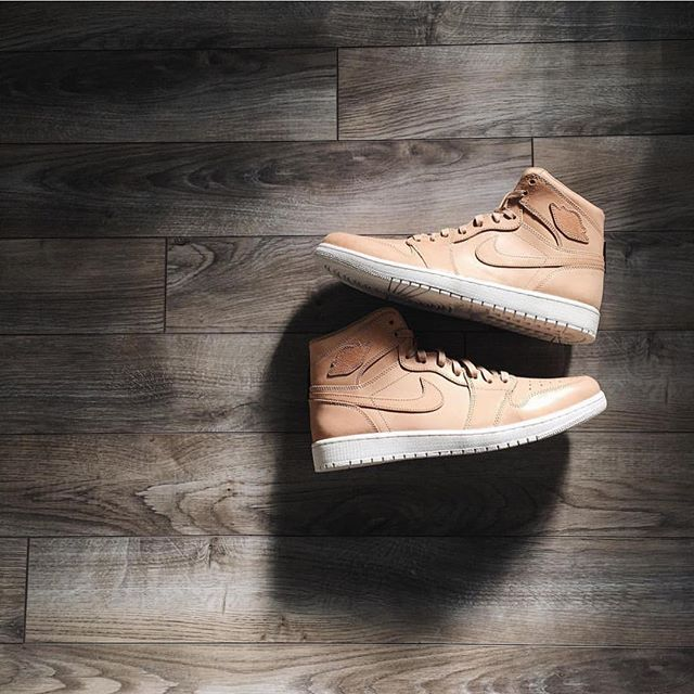 Leather is so buttery 📷 By @jpcurry #Jordan1Club