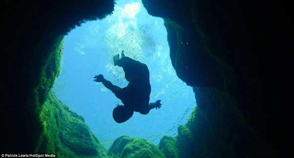 Poço de Jacó: Mergulhos mortais no poço desconhecido
