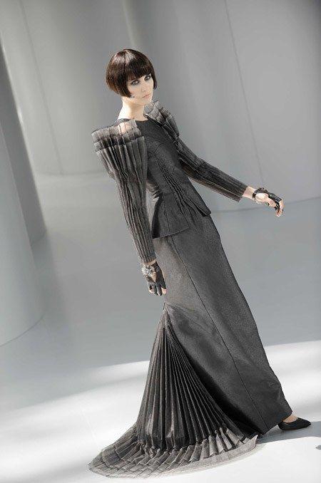 Robe Chanel manches bouffantes défilé haute couture automne hiver 2008