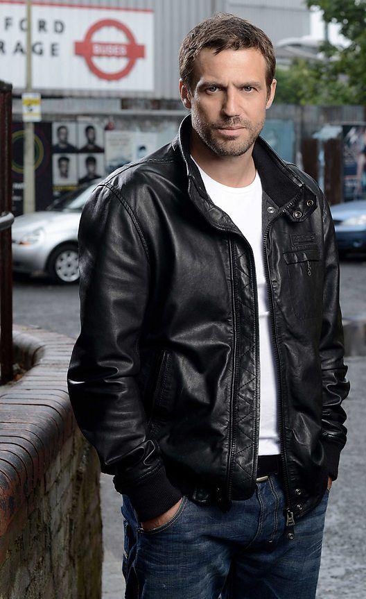 Regardless if he's a Soap TV star, Jamie Lomas is damn fine.