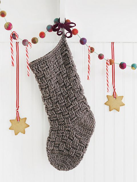 9 #Crochet Stocking Patterns in #Christmas Crochet for Hearth, Home & Tree by Edie Eckman