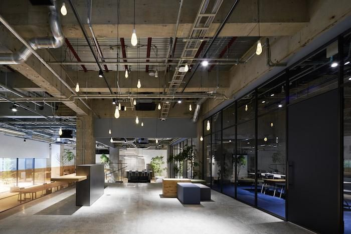 Organic Shapes In An Industrial Enviroment Office Pictures Office Interior Design Office Interiors