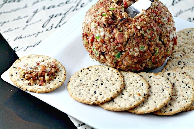 Cream Cheese Ball Recipe with BACON and peppers. <3 this one for parties, Christmas & more!