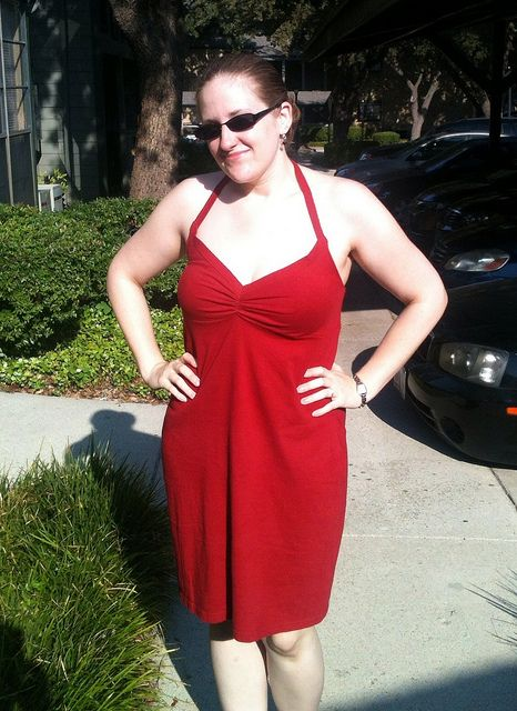 t-shirt > robe  > Red T-Shirt Dress Refashion by nosmallfeet, via Flickr