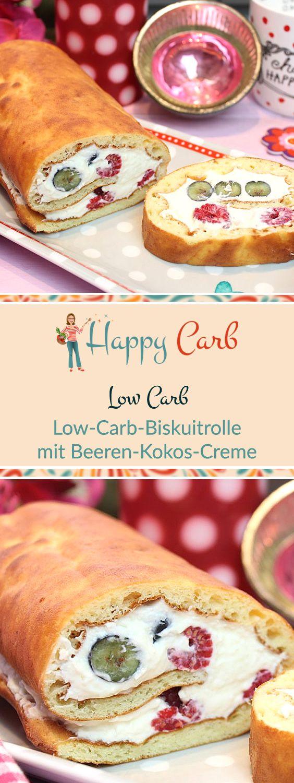 In den Sommer passt eine Biskuitrolle mit Beeren perfekt! Low Carb Rezepte von Happy Carb. https://happycarb.de/rezepte/backen/low-carb-biskuitrolle-mit-himbeer-kokos-creme/