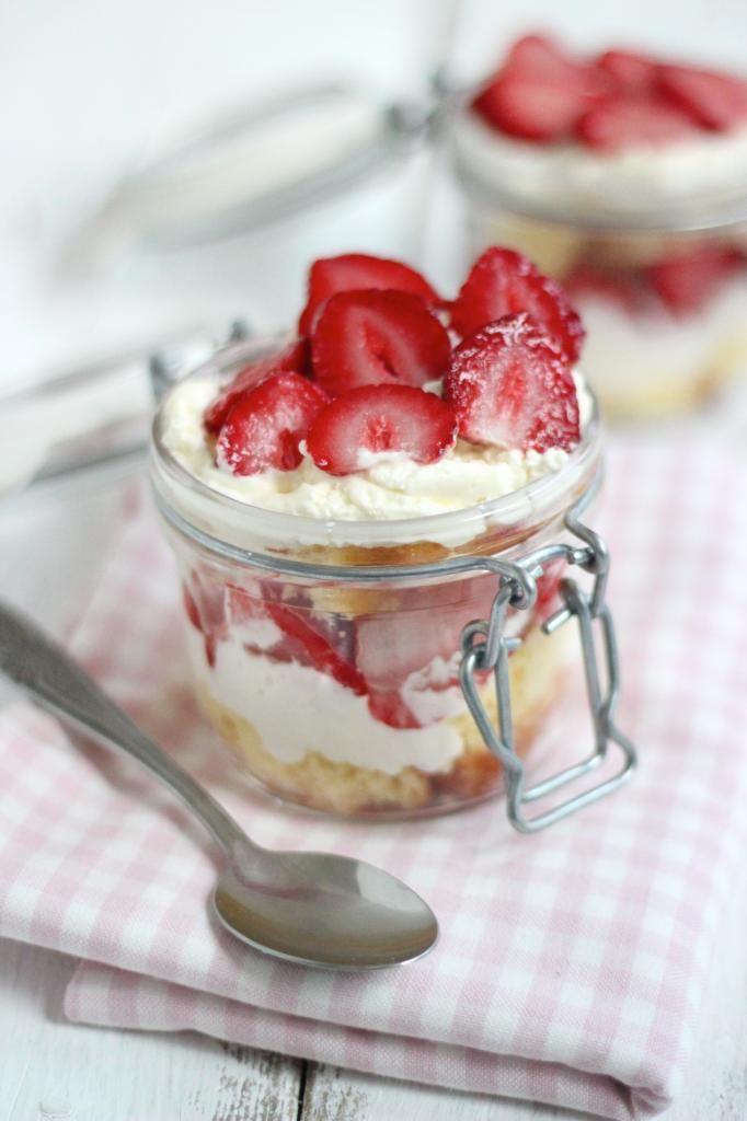 Aardbeien trifle - Lekker en Simpel