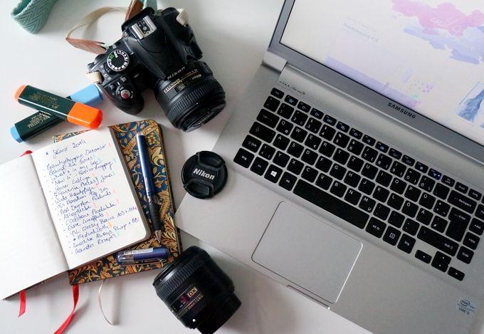 Da ich immer wieder gefragt werde, wie mein Blogalltag aussieht, wie viel Zeit ich damit verbringe und vor allem wie und womit ich meine Fotos mache