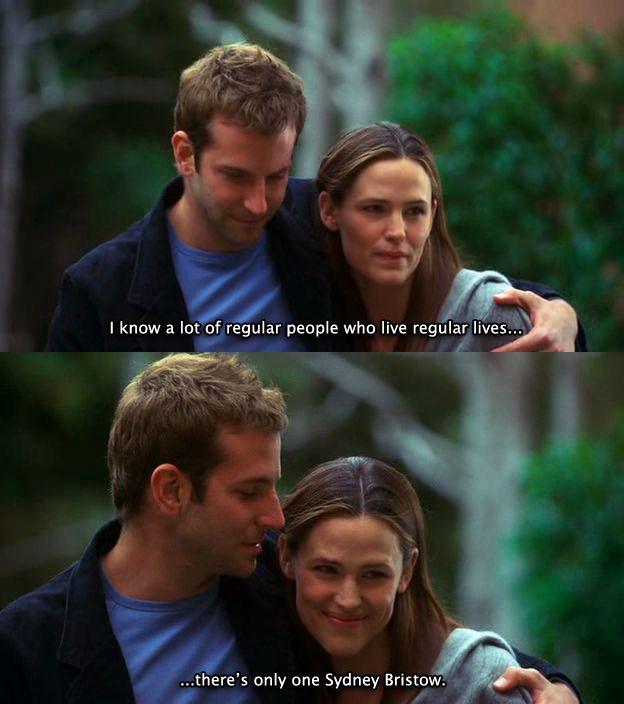"Sydney Bristow (Jennifer Garner) e Will Tippin (Bradley Cooper) nell'episodio 5x12 (There's Only One Sydney Bristow) di ""Alias""."