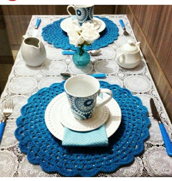 Blue Table set  coffee - sousplat azul croche café mesa posta