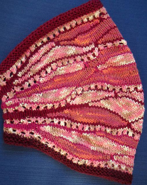 Free Pattern: Lavic cowl by Paola Albergamo