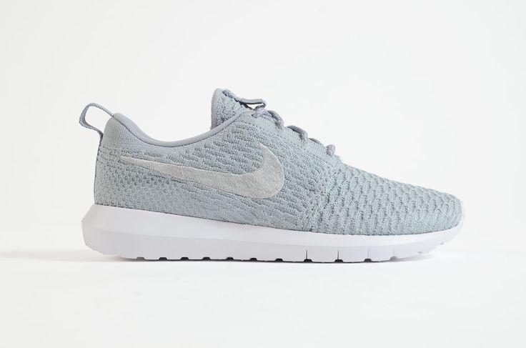 Nike - Roshe Nm Flyknit (Wolf Grey/ Wolf Grey - White)
