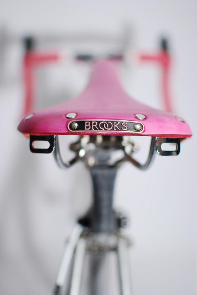 brooks seat. Pink!