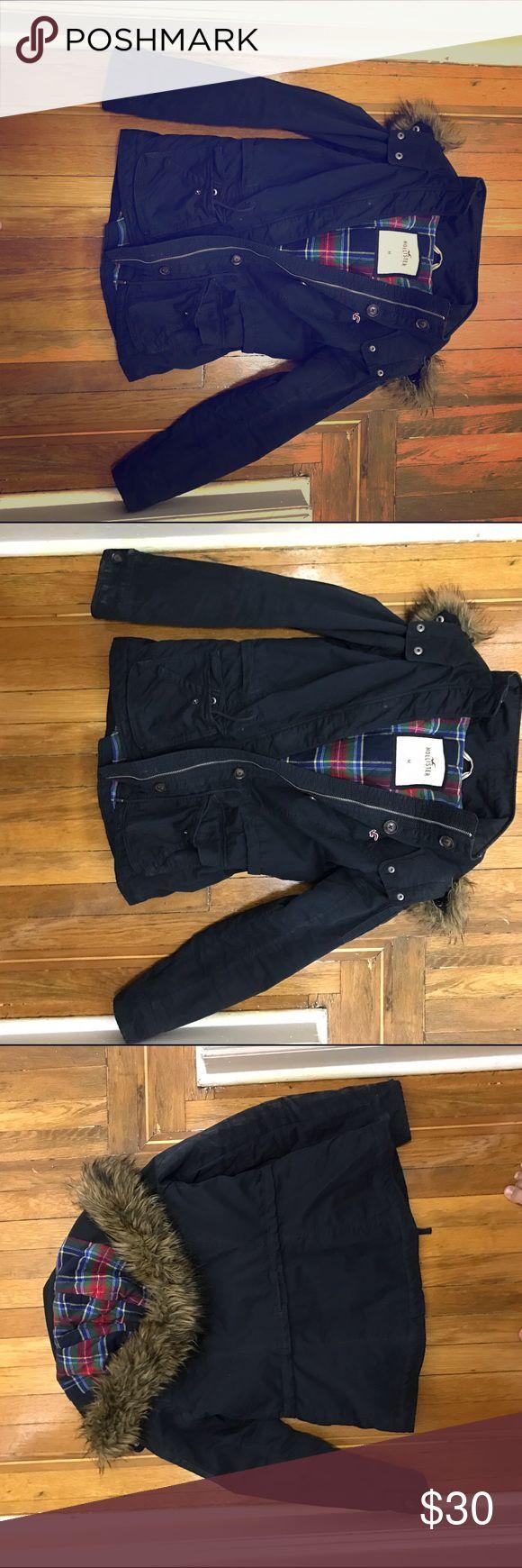 Dark Navy Blue Hollister Coat Gently worn warm Hollister coat! Needs to be washed! Hollister Jackets & Coats