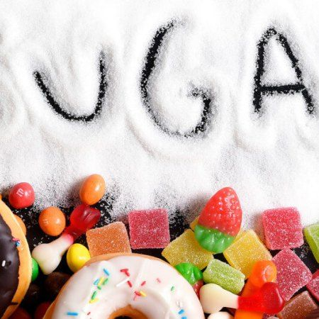 9 Signs You Are Eating Too Much Sugar !
