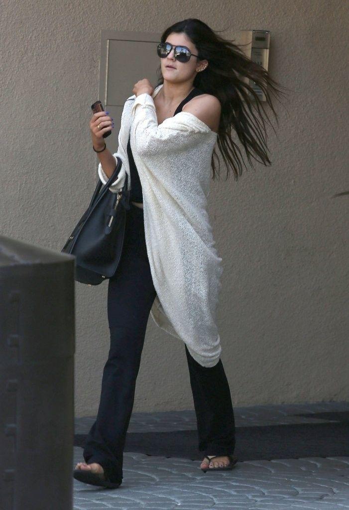 Kylie Jenner Photo - Kylie Jenner Leaving Kris Jenners Office