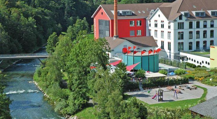 Riverside Zweidlen The riverside is a newly built business and leisure complex in Zweidlen, 20 km north of Zurich's city centre and 10 km north of the Zurich-Kloten airport.
