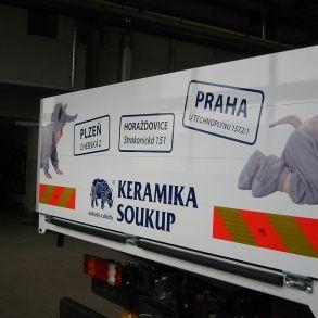 polep nákladního vozu Keramiky Soukup