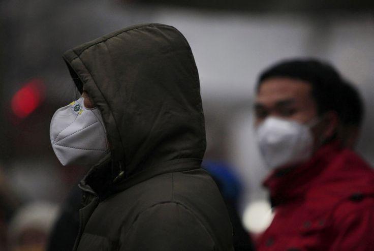 PURIFICACION DE AIRE AIRLIFE te dice La contaminación del aire puede aumentar levemente el riesgo de cáncer de pulmón. El riesgo por contaminación del aire es mayor para los fumadores, y si tienen antecedentes familiares de cáncer de pulmón con padre, madre, hermano o hermana que tuvieron cáncer de pulmón pueden tener un ligero aumento en el riesgo de esta enfermedad, aunque no fumen.