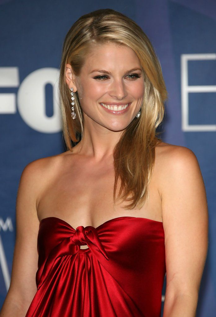 American Actress Ali Larter ...  hollywood celebrity...   _