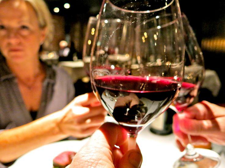 MERLOT: il vino rosso perfetto per tutte le donne che credevano di odiare il vino rosso