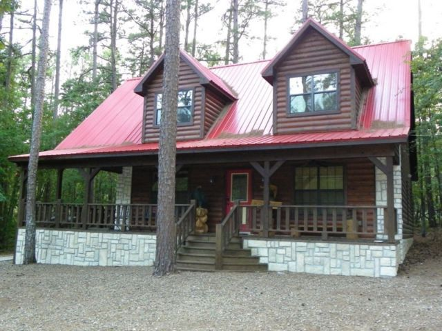 Safari Cabin; Area: Broken Bow Lake Bedrooms: 4 Bathrooms: 2 Sleeps: