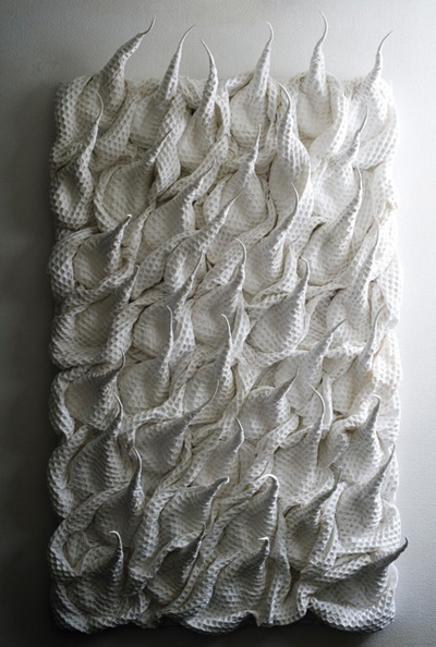 3D textiles design using woven cotton to create shape & texture - fabric manipulation; contemporary textile art // Hitomi Nagai