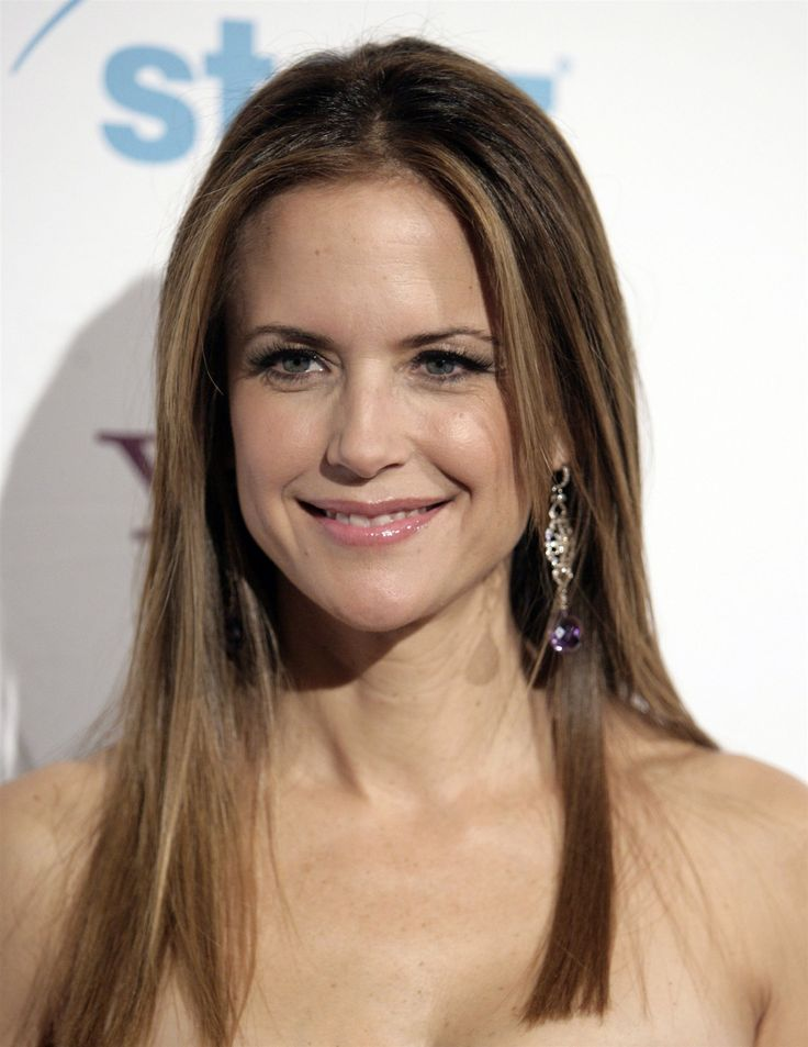 Actress Kelly Preston....born in Hawaii, graduated from Punahou School.