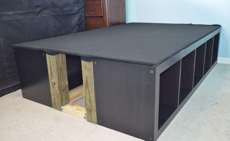cadre avec tag res expedit lit stella pinterest ikea hack industrial bed and lit mezzanine. Black Bedroom Furniture Sets. Home Design Ideas