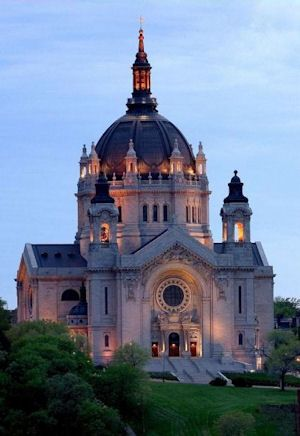 St. Paul's Cathedral - St. Paul, MN  My old church in grad school. Love Mpls-St. Paul!