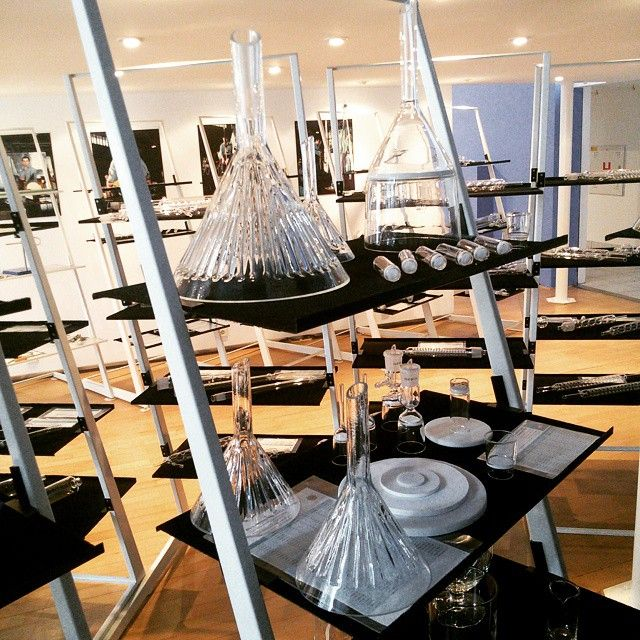 Nejsme spokojeni s nabídkou svítidel! Vyrobíme si vlastní! #light #glass #design #thirwinebar