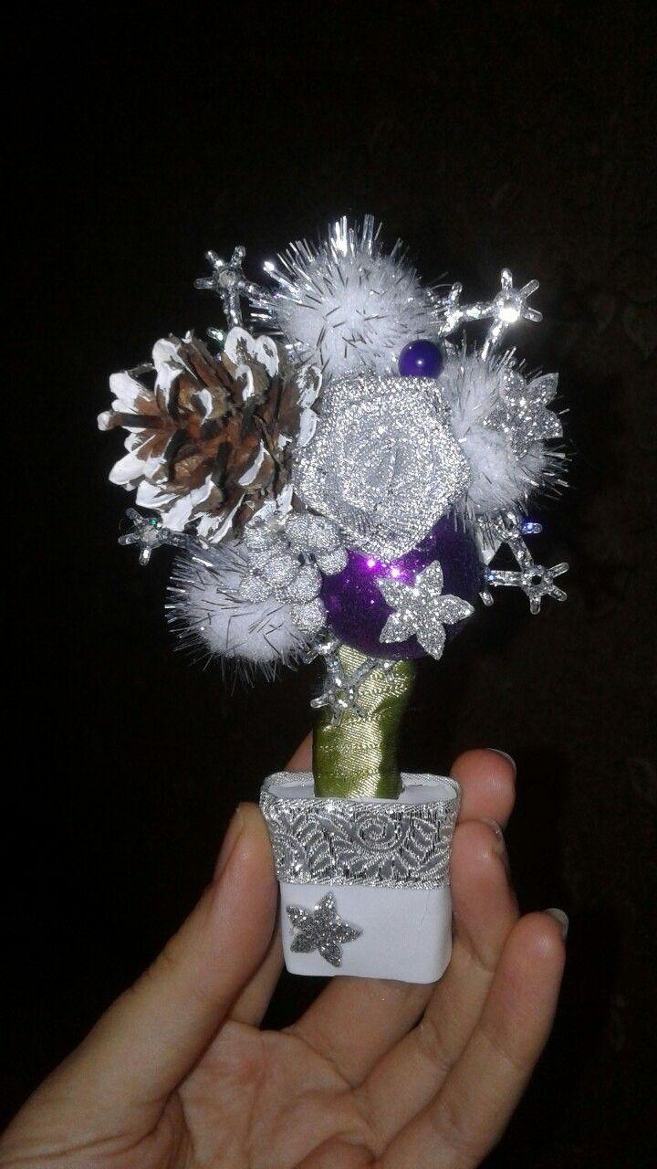 Новогодний магнит-топиарий