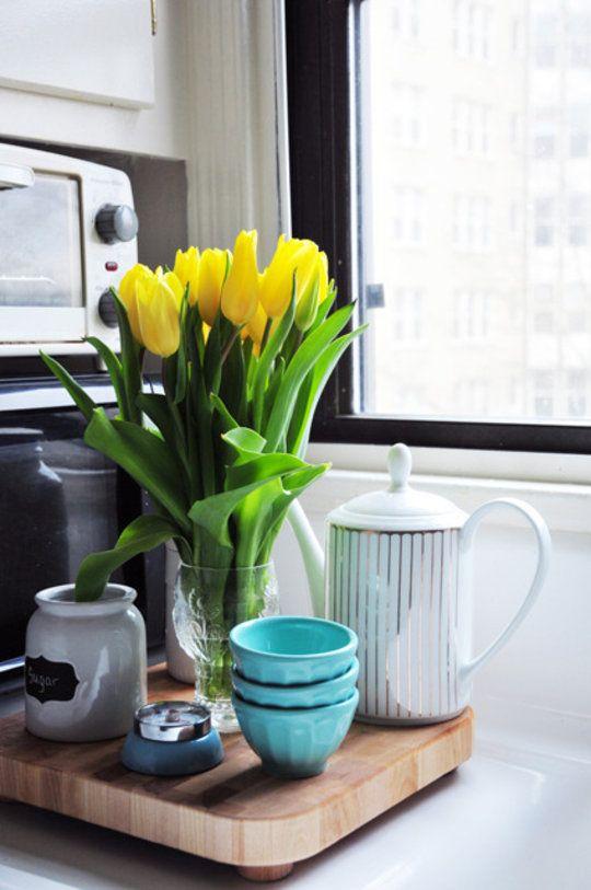 5 Ways to Make Fresh Flowers Last Longer