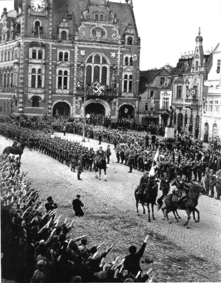 German troops march into the Rhineland on 1 March 1936