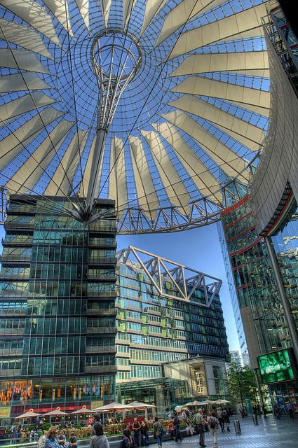 Sony Center, Potsdamer Platz by visitBerlin, via Flickr © visitBerlin | Scholvien