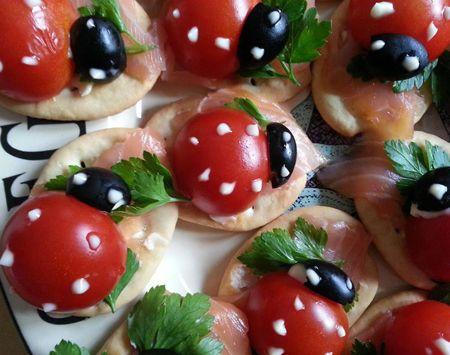 Coccinelle di salmone, pomodoro e olive - Ricetta su AdessoCucina.com