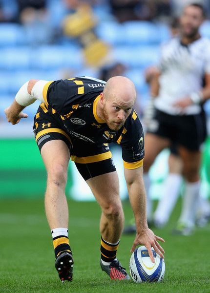 Joe Simpson Photos Photos - Joe Simpson of Wasps scores the third try duing the European Rugby Champions Cup match between Wasps and Zedbre Rugby at The Ricoh Arena on October 15, 2016 in Coventry, United Kingdom. - Wasps v Zebre Rugby - European Rugby Champions Cup