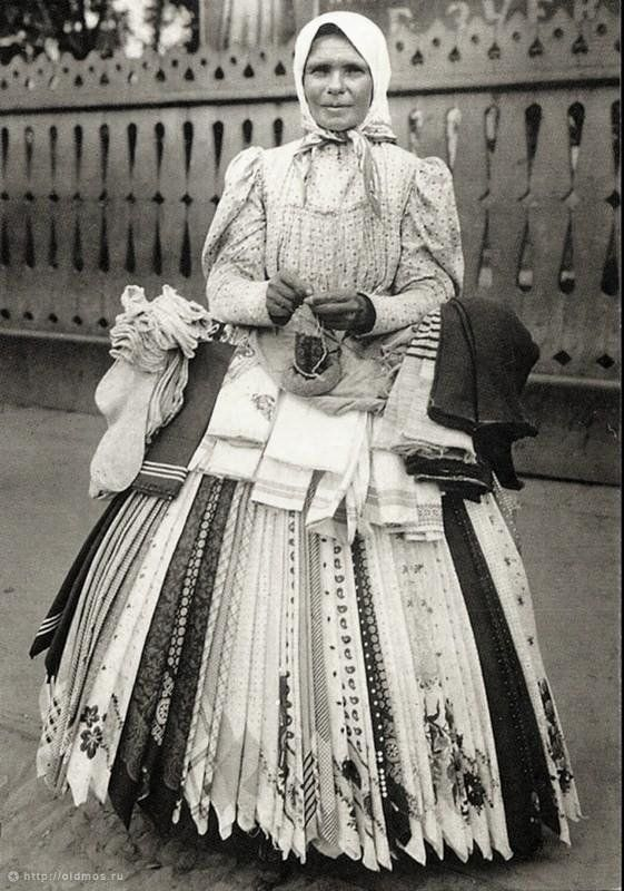 .antique photograph   {{of peddler in old Moscow,Russia - notice her skirt, it is made up of many square scarves, folded on diagonal and pinned to a waist band. - what a truly  wonderful, historic, old photo, I wish it were mine!}}