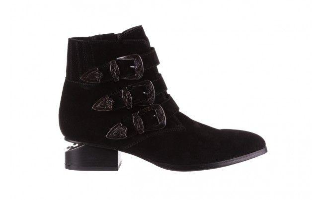 Bayla 177 B19117 Czarne Botki Czarne Botki Kowbojki Bayla Wykonane Z Naturalnej Skory Zamszowej Ozdobione Klamrami W Kolorze Ciemnego Boots Shoes Ankle Boot