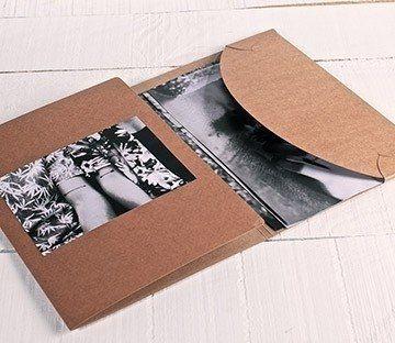 Carpeta tríptico de cartón para fotografías