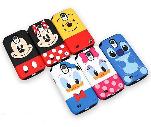 Choose your favorite Walt Disney design from a variety of Cutie Disney characters for your Galaxy S5! Discover and meet Mickey Mouse, Minnie Mouse, Winnie the Pooh, We love Stitch, Donald Duck and Daisy Duck on the original and authentic Disney Cutie Silicon Bumper Case!