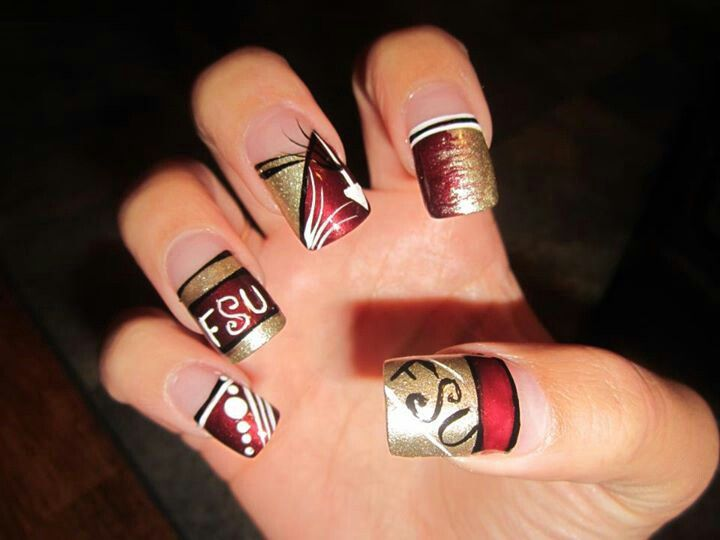 A Little Too Much Going On For Me But Still Love These Nails Pinterest Nail Art And Designs