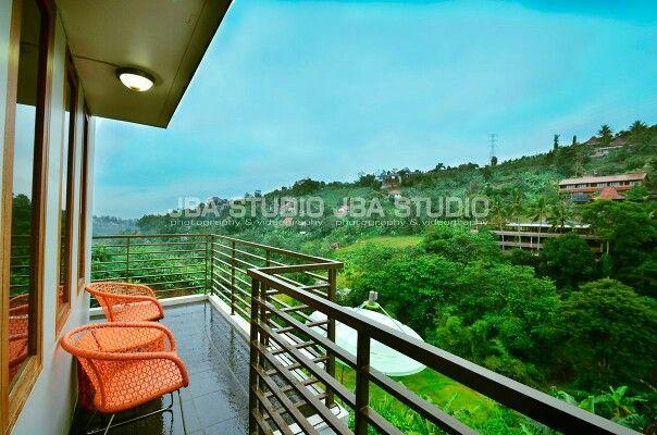 Villa 3 Kamar, Resort Dago Pakar, Bandung. Information & Reservation (081323961402)