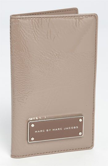 Marc by Marc JacobsFavorite Things, Beautiful Pouch, Anna Wishlist, Pretty Products, Gift Ideas, Marc Jacobs, Money Grew, Travel Wallets, Materials Girls